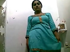 punjabi girl from lahore self shoot video of her changing voyeur video #1